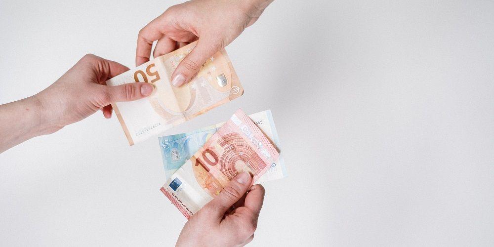 Kabinet compenseert stijging gasprijs met 400 euro per huishouden